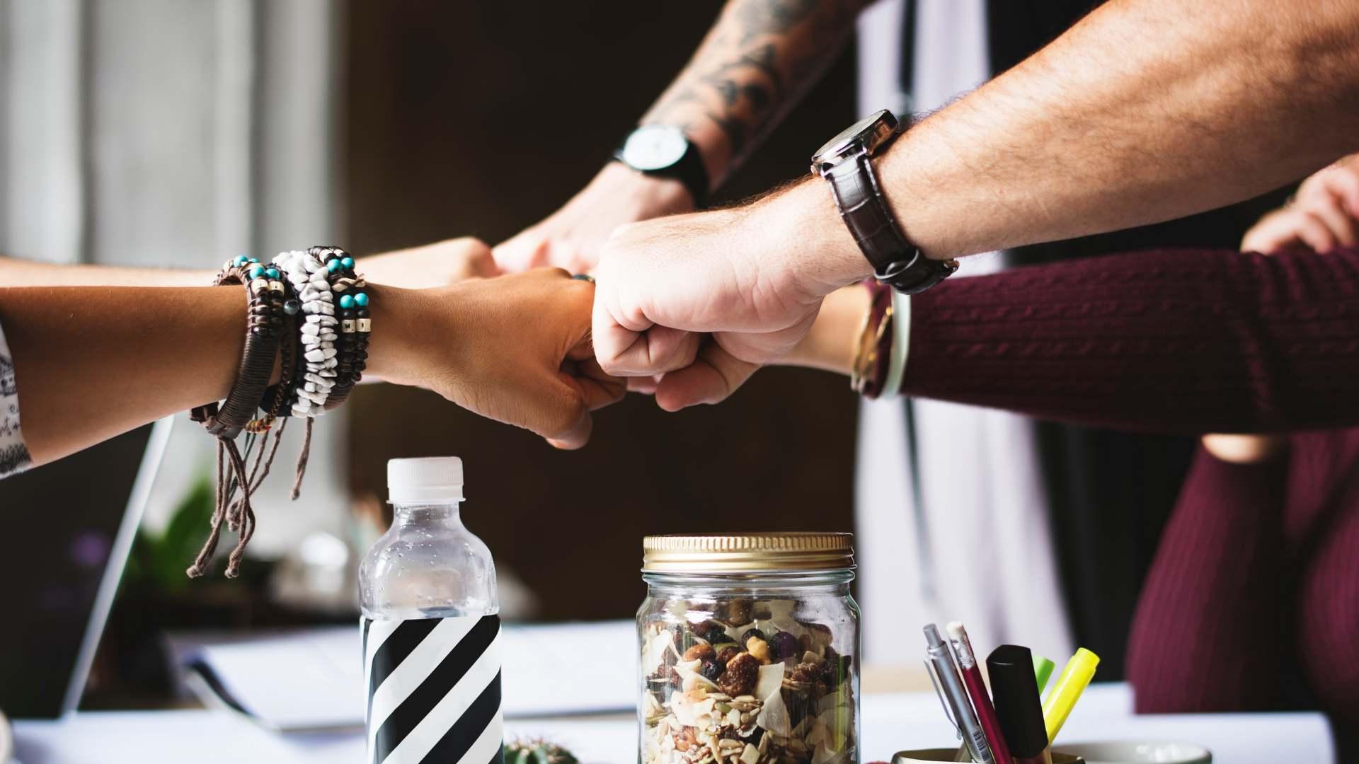 Astuces business entraide entrepreneurs